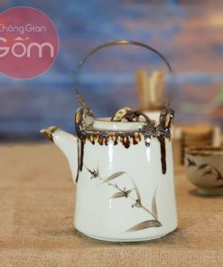 Bộ trà ấm cao quai đồng đúc