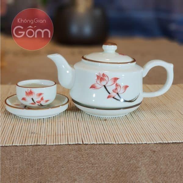 Bộ ấm chén trà hoa sen quai thường