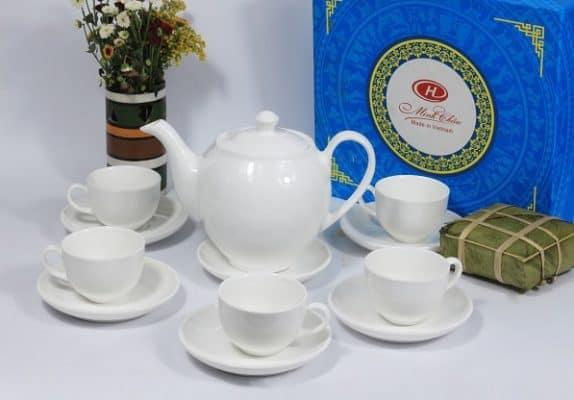 ấm bình trà sứ trắng