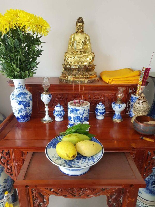 Bộ đồ thờ Phật