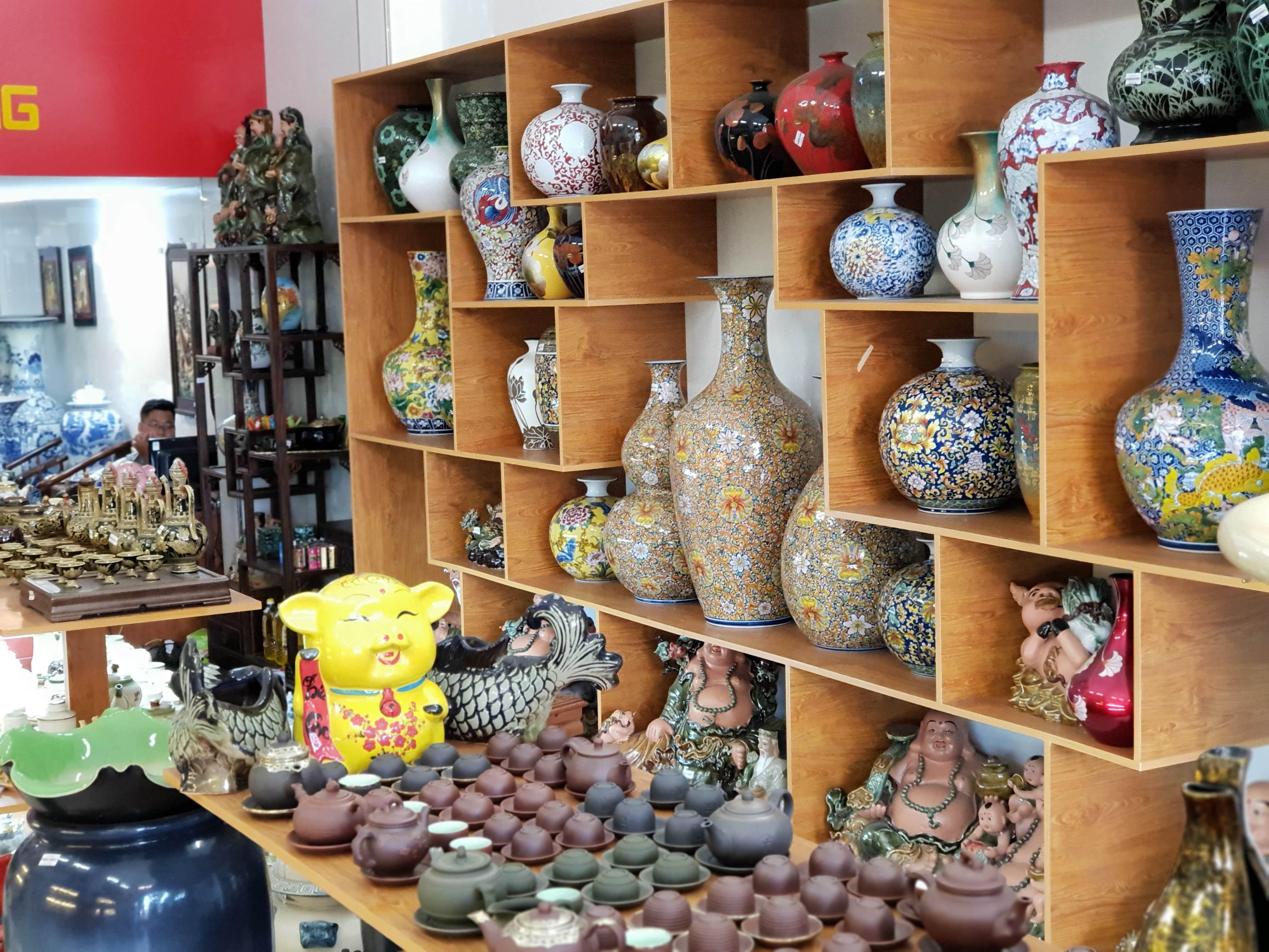 Cửa hàng gốm sứ Bát Tràng tại Đà nẵng
