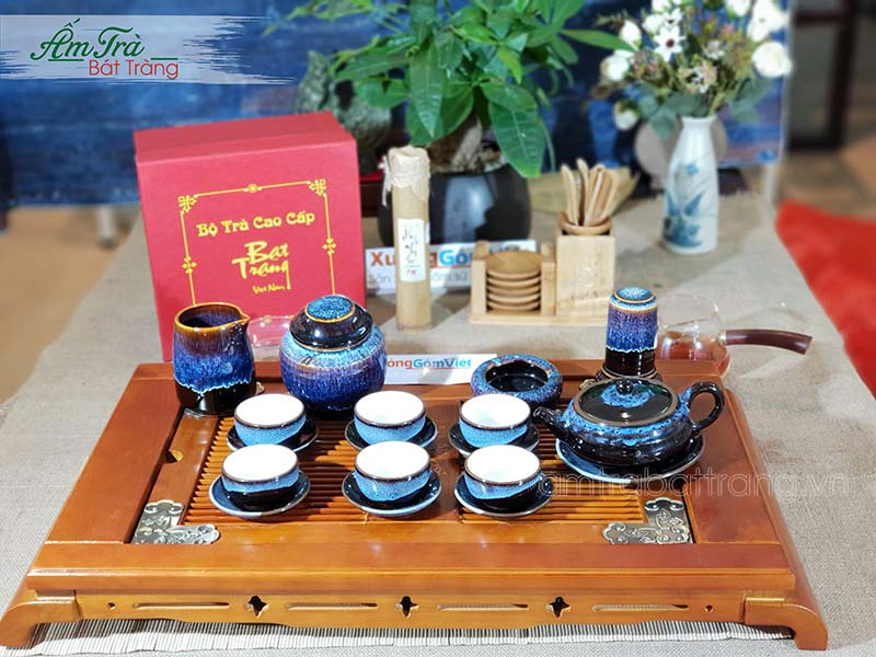 Bộ trà và hộp quà tặng